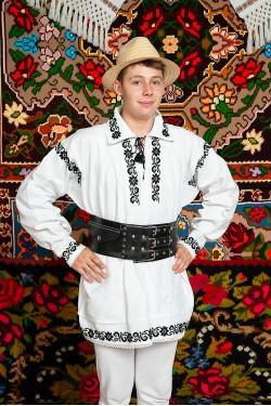 Costum popular barbat campie cu curea de piele