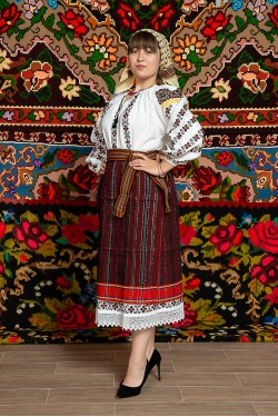 Costum popular femeie – Letitia