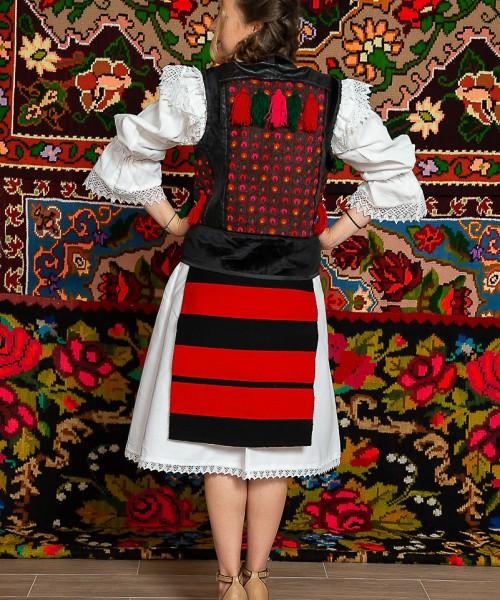 Costum popular femeie – Maramures, cu pieptar