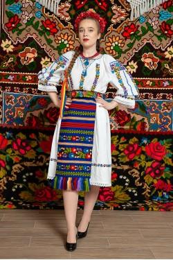 Costum popular femeie - Somes cu pene albastre
