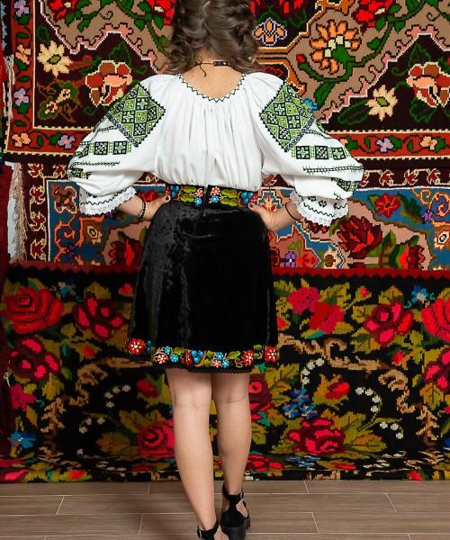 Ie/Camesa cu maneca lunga - Roxana