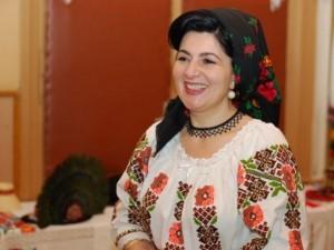 Interviu cu Virginia Linul. Cum au ajuns costumele populare românești la Washington DC